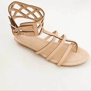NWT Coconuts By Matisse Ankle Strap Sandals